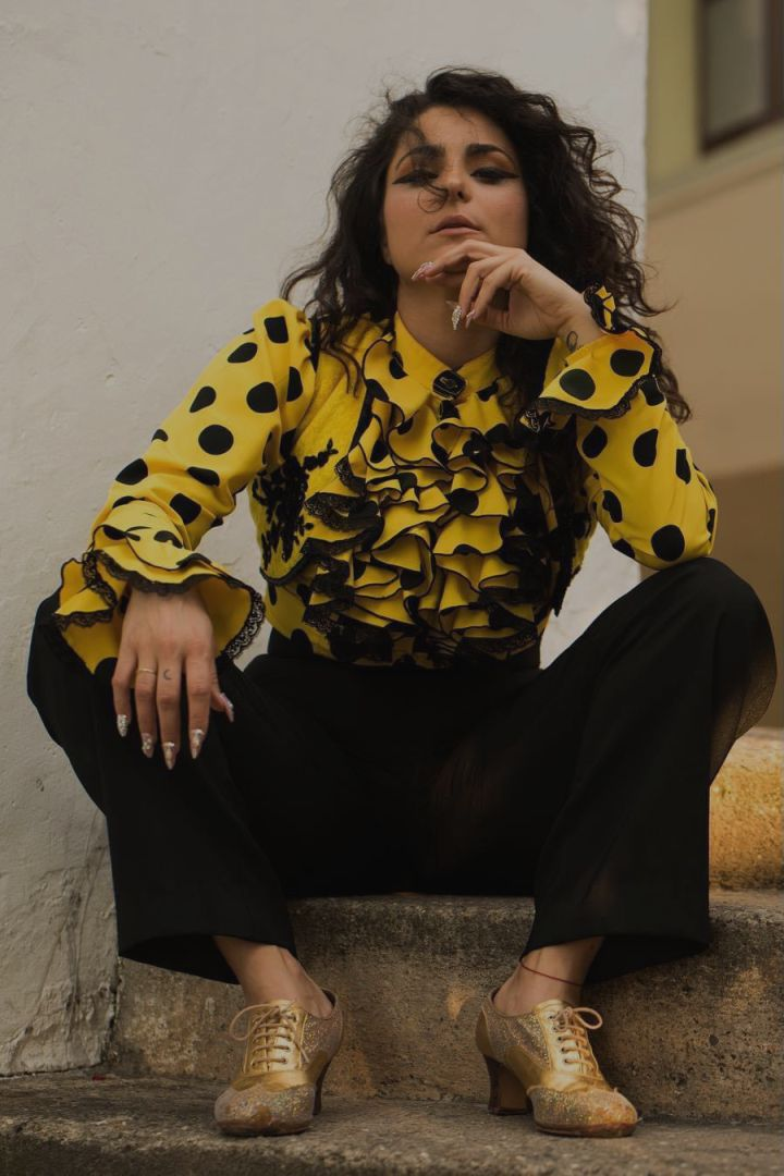 Laura Santos foto de revista (biografía)